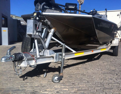 Double axle brake trailer